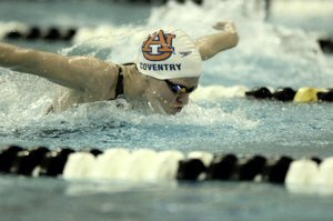 Kirsty Coventry as she qualifies first in 200 IM