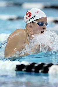 Caroine Bruce qualifies first in 200 Breaststroke