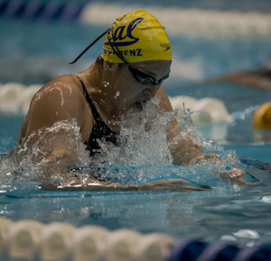 Caitlin Leverenz wins the 200 IM at the 2012 Indianapolis Grand Prix.