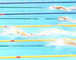Ian Thorpe had over a body-length lead in the 400 Free - only 30 meters into the swim.