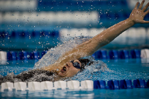 Margaret Hoelzer sets new world record in the 200 meter backstroke.