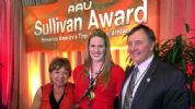 Missy Franklin Accepts AAU Sullivan Award