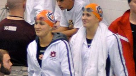 Lauren and Lindsey Norberg