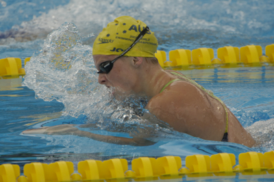 Leisel Jones wins 100 Breastroke at 2005 World Championships.