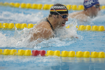 Mark Warnecke wins 50 breast at 2005 worlds.