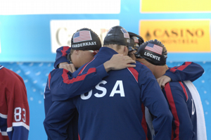 Team Huddle for Men 4x200 FR at 2005 Worlds.