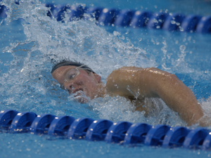 Kate Ziegler wins 800 free at 2005 worlds.