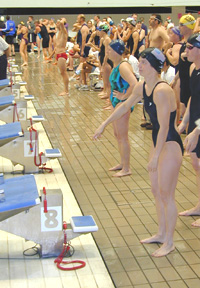 Swimmers prepare for relay