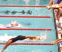 400m Free relay battle