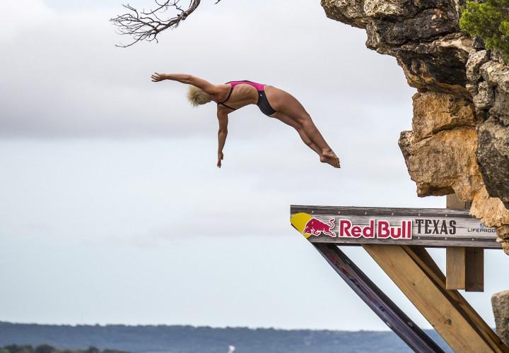 Rachelle simpson wins women 39 s high diving world title at 2015 fina world championships - Highest cliff dive ever ...