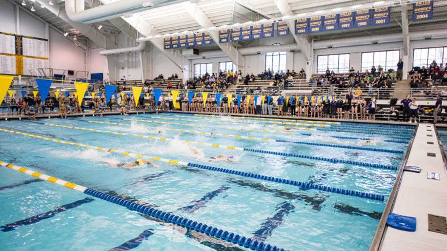 Norovirus hits 2016 big ten women 39 s championships - University of michigan swimming pool ...