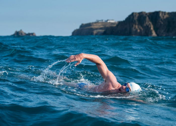 lewis-pugh-open-water-swim