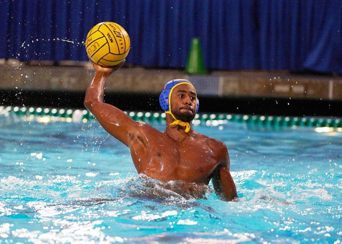 UCLA Athletics - 2017 UCLA Men's Water Polo versus UC Santa Barbara Gauchos. Spieker Aquatic Center, Los Angeles, CA. September 15th, 2017 Copyright Don Liebig/ASUCLA 170915_MWP_0254.NEF