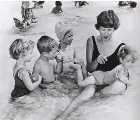Marilyn Bell teaching children to swim